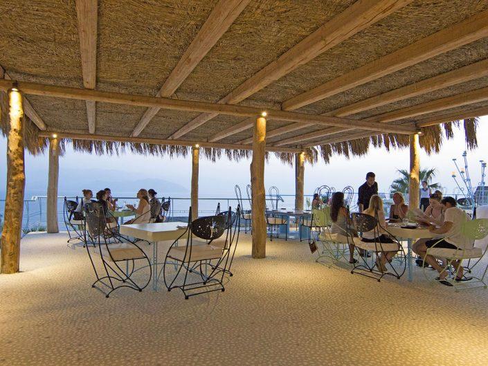 ios lounge restaurants bars sunset