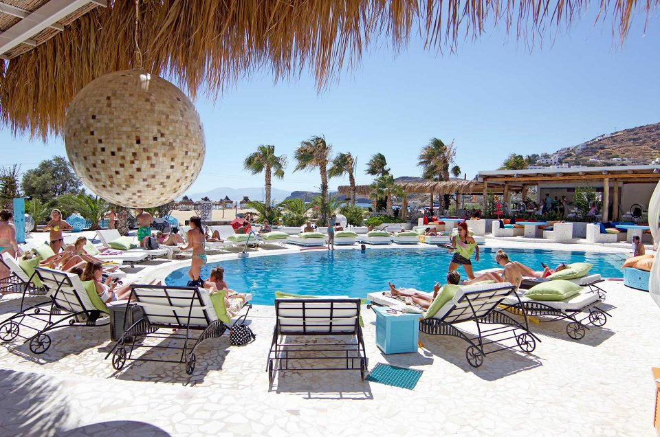 Free Beach Bar and Restaurant – Mylopotas Beach